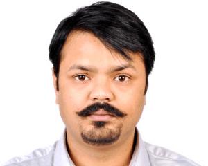 Dr. Prateek Porwal